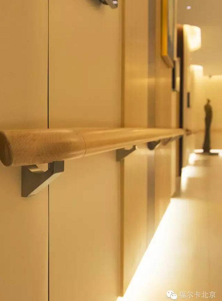 医院装修用的护墙板有哪些优点和功效?